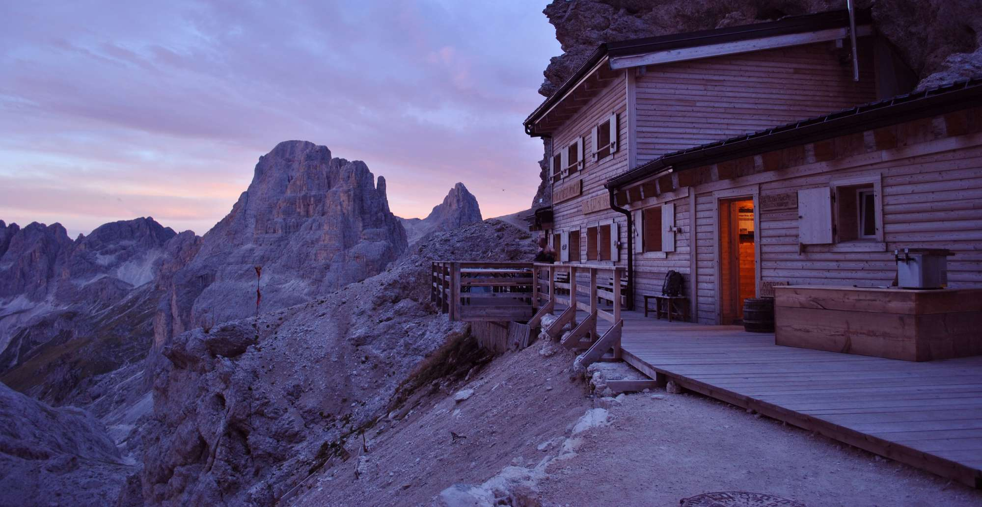 Short stay 2 notti in hotel + notte in rifugio, sotto le stelle!